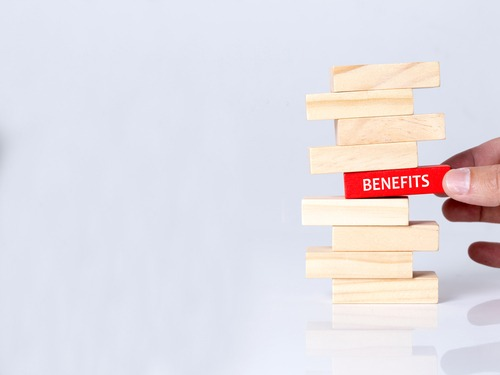Can one collect both unemployment benefits and SSD benefits?